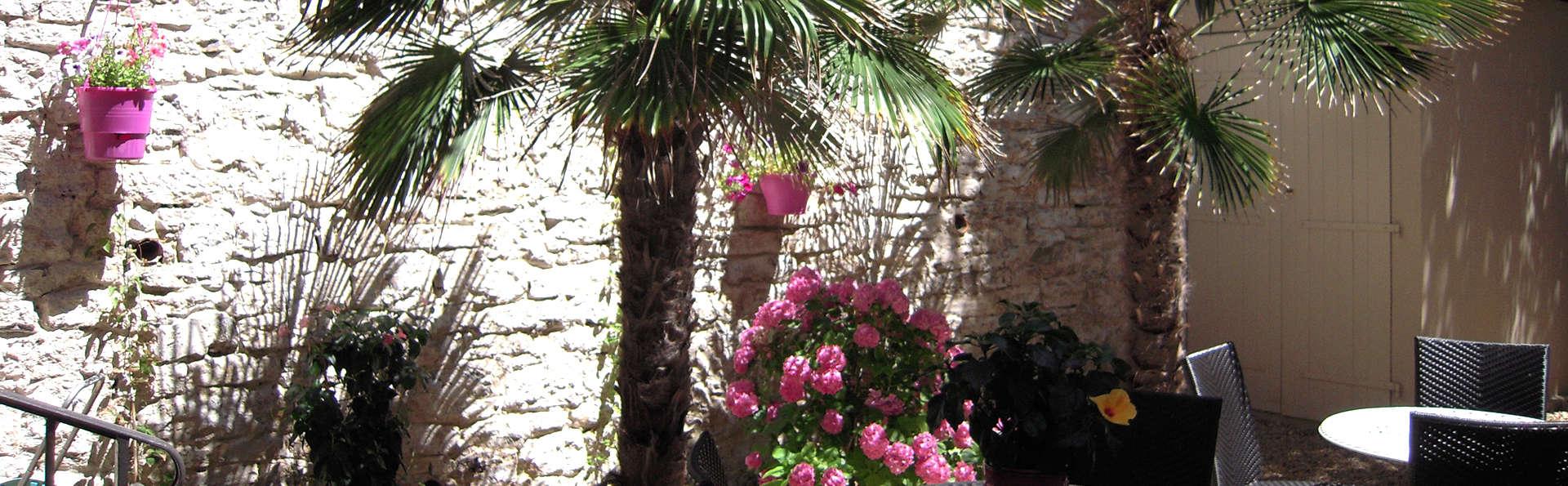 Hôtel Georges VI - Biarritz - edit_patio3.jpg