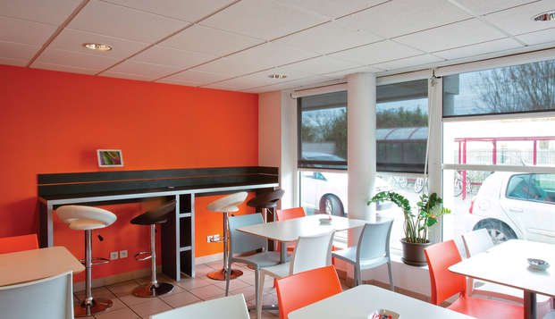 All Suites Appart Hotel Bordeaux Merignac - Bar