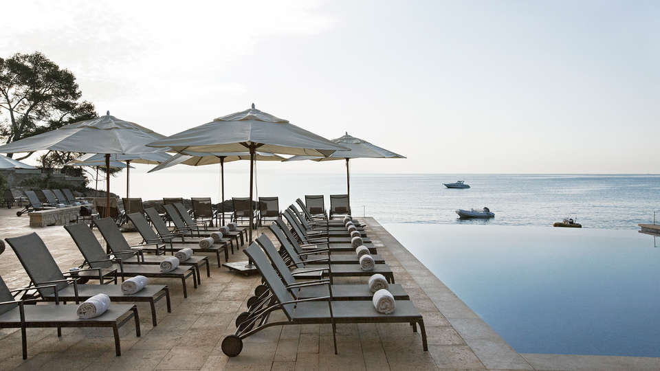 Hospes Maricel & Spa - edit_terrace_infinity.jpg