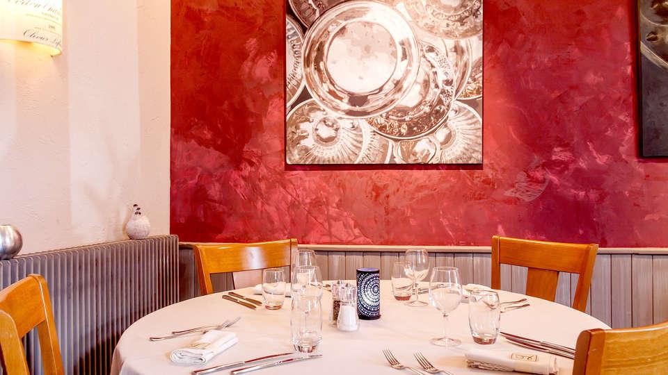 Hôtel de France Restaurant Tast'vin  - Edit_Restaurant4.jpg