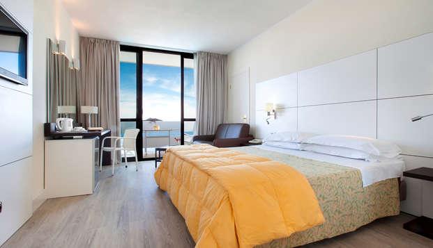 Hotel sul Golfo di Policastro, a due passi dal mare di Maratea, in camera vista mare