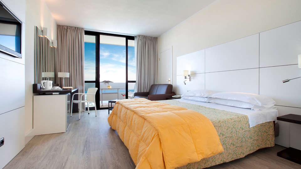 Grand Hotel Pianeta Maratea - Edit_room6.jpg