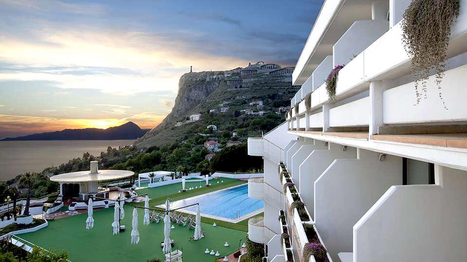 Grand Hotel Pianeta Maratea - Edit_View2.jpg