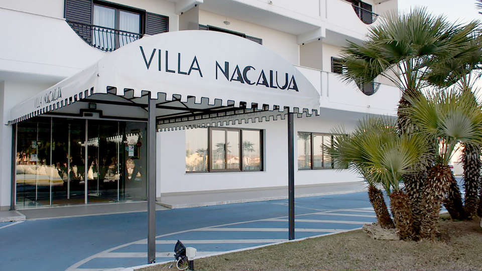 Hotel Villa Nacalua - Edit_Entry.jpg