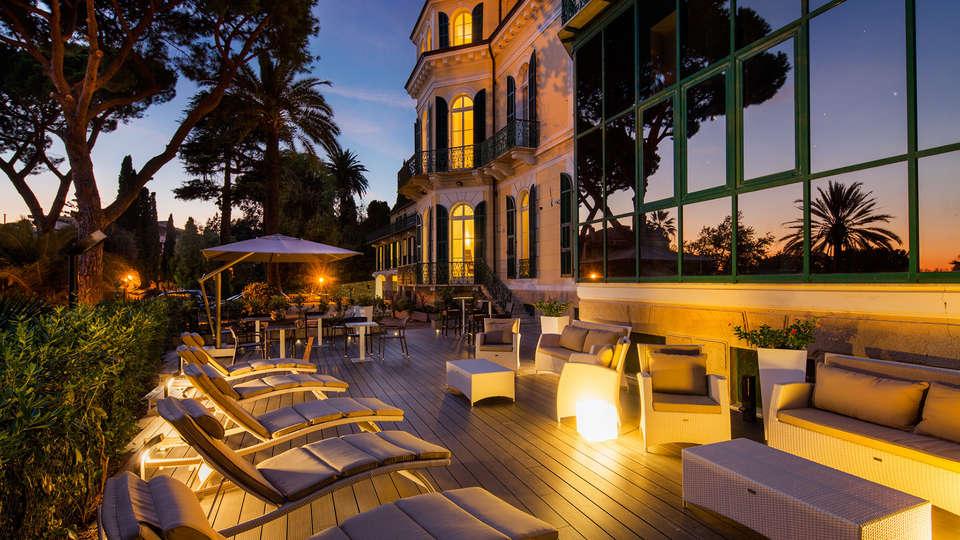 Hotel Villa Sylva - EDIT_fronterrace.jpg