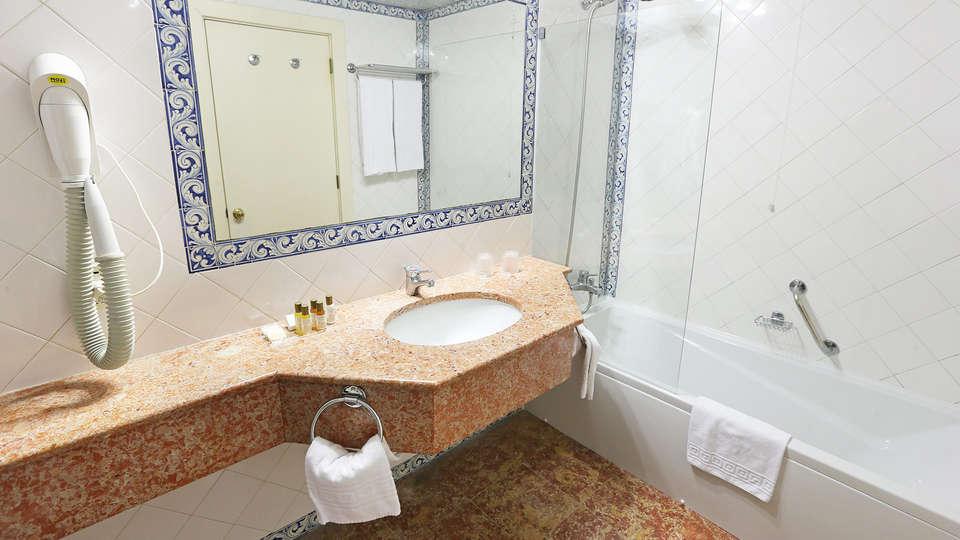 Pousada de Condeixa Coimbra - EDIT_bath.jpg