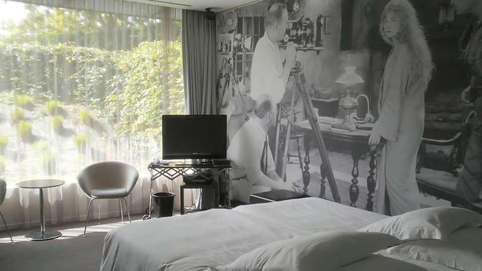 d-hotel Kortrijk - edit_room.jpg