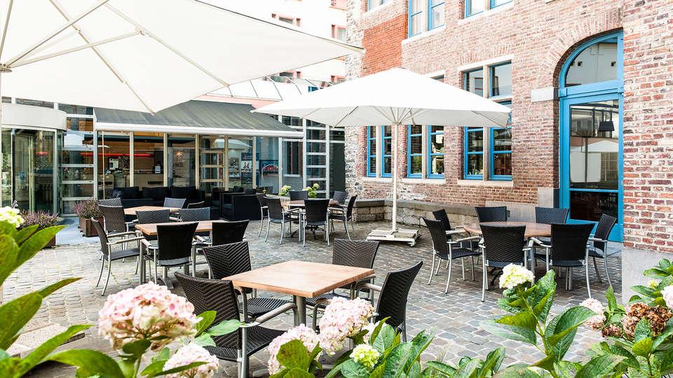 Novotel Gent Centrum - Edit_terrace.jpg