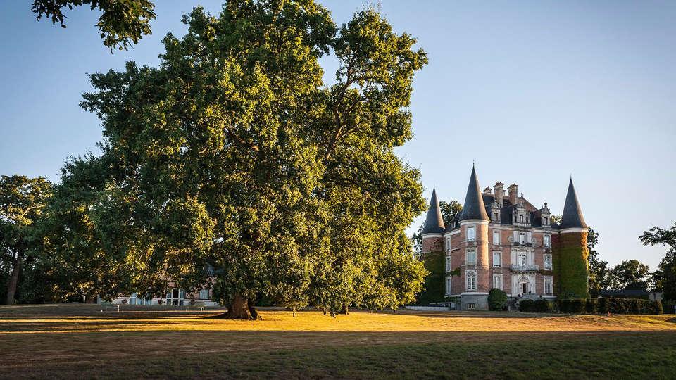 Château d'Apigné - EDIT_front1.jpg