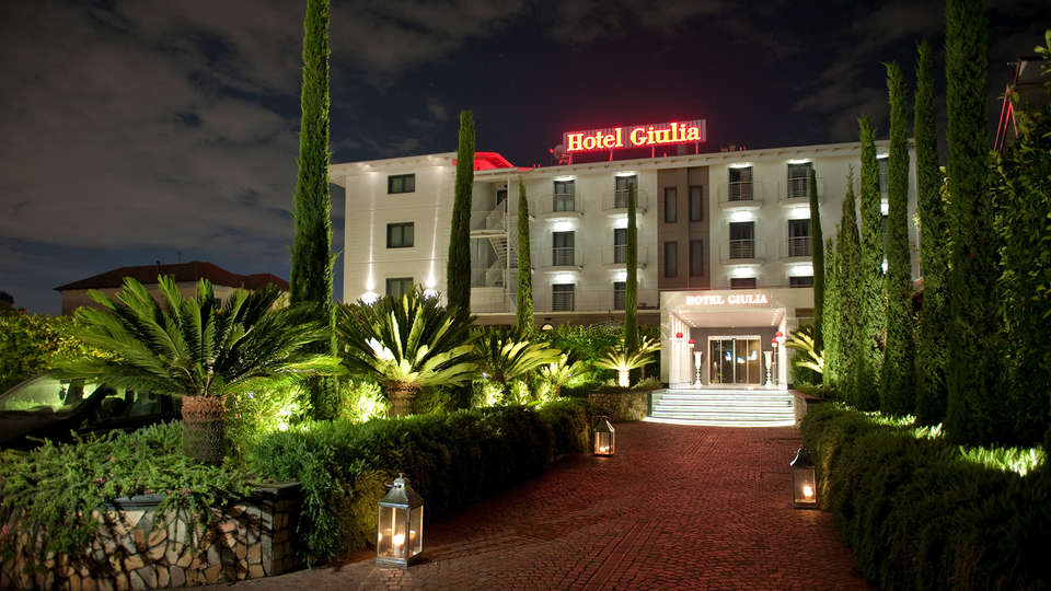 Hotel Giulia - edit_front_night_.jpg