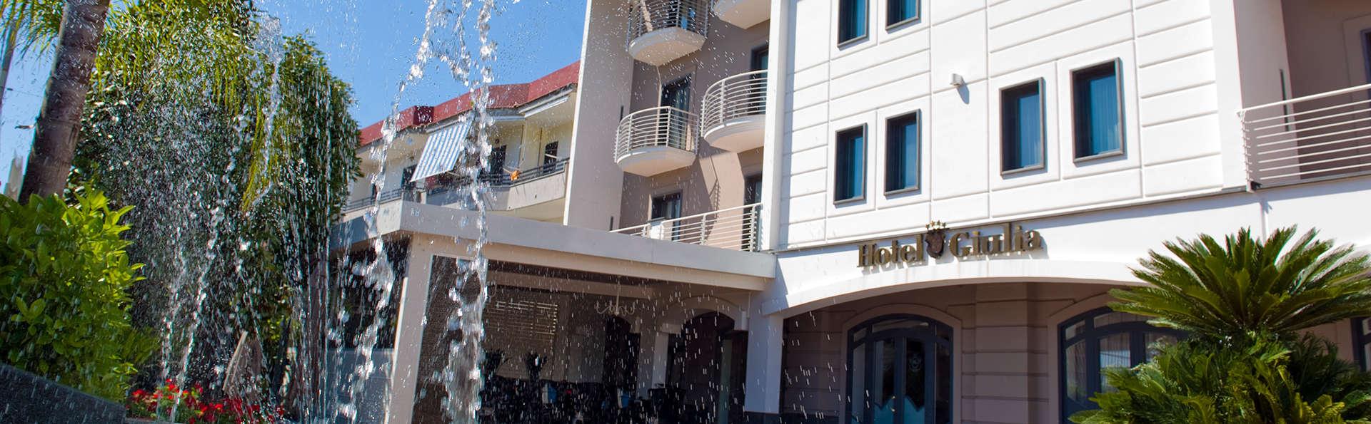 Hotel Giulia - edit_pool2.jpg