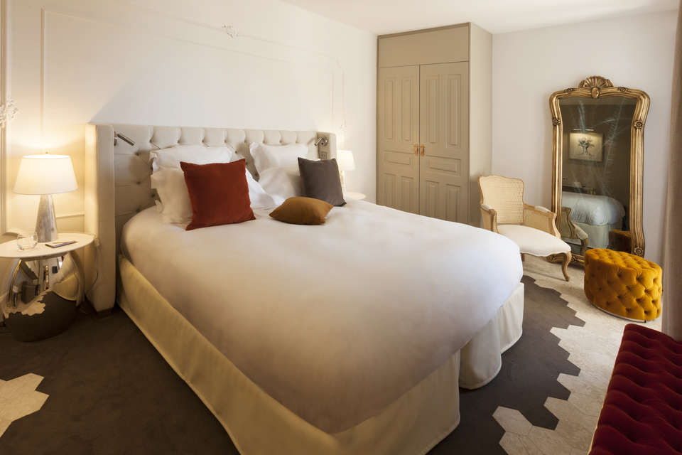 Le Mas des Herbes Blanches Hôtel and Spa - HerbesBlanches-Chambre-Classique-1a.jpg