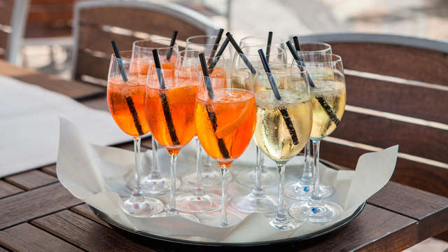 1 Cocktail de bienvenue pour 2 adultes