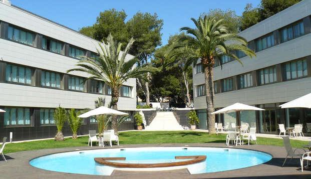 Escápate en alojamiento y desayuno en Alicante (Desde 2 noches)