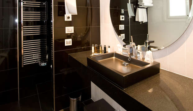 Hotel Le Canberra - bath