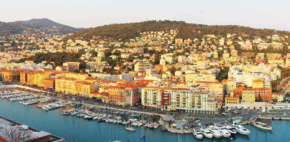 H tel nice riviera 4 nice france for Reservation hotel paca