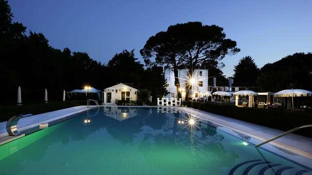 Cena en un entorno de verdor muy cerca de Venecia en una hermosa y pintoresca villa véneta