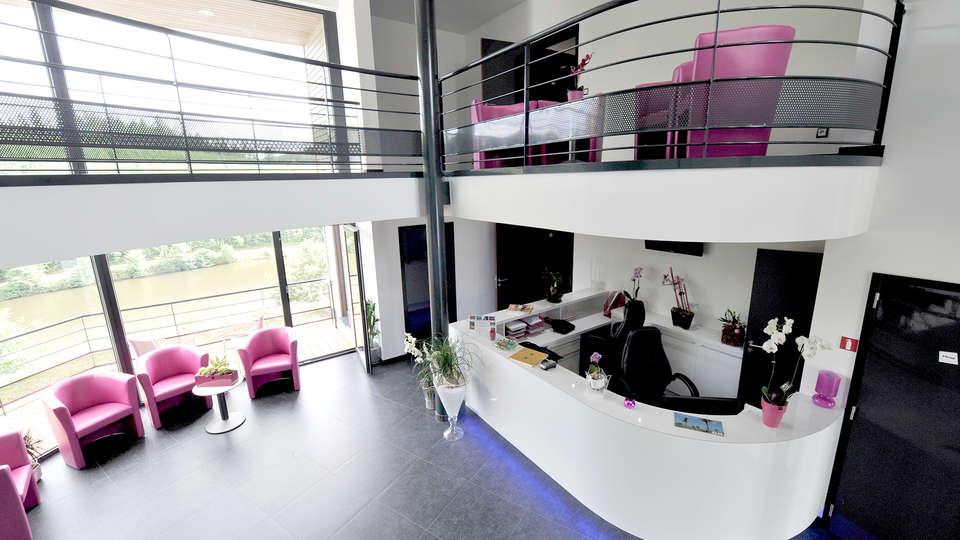 Hôtel Eden Ardenne - Edit_Hall.jpg