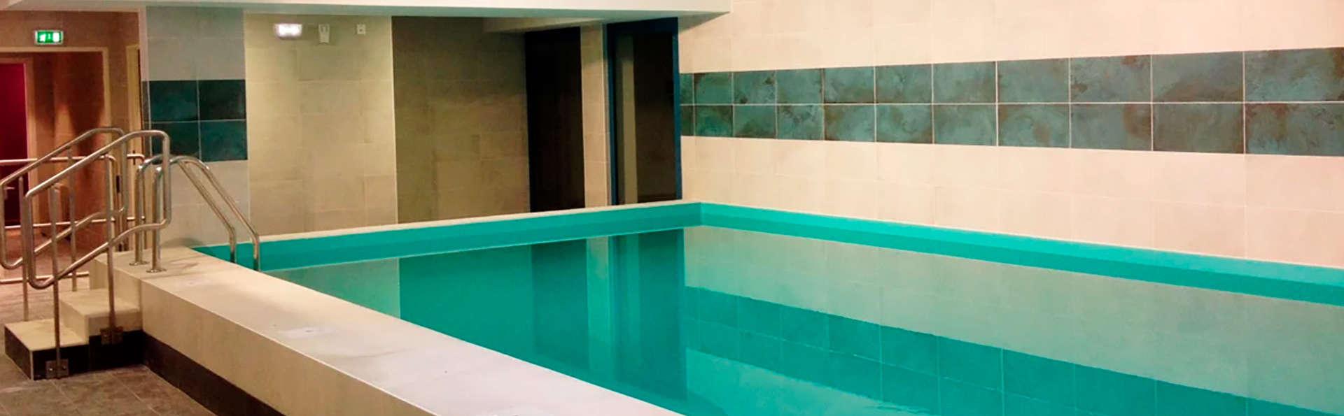 Nemea Appart'Hotel Résidence Le Quai Victor - EDIT_pool1.jpg