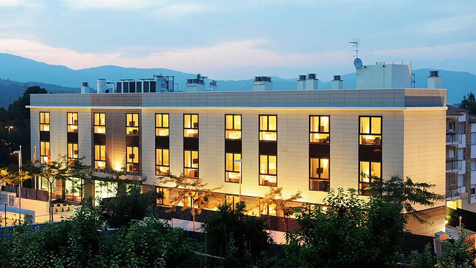 Hotel Desitges - Edit_Front.jpg