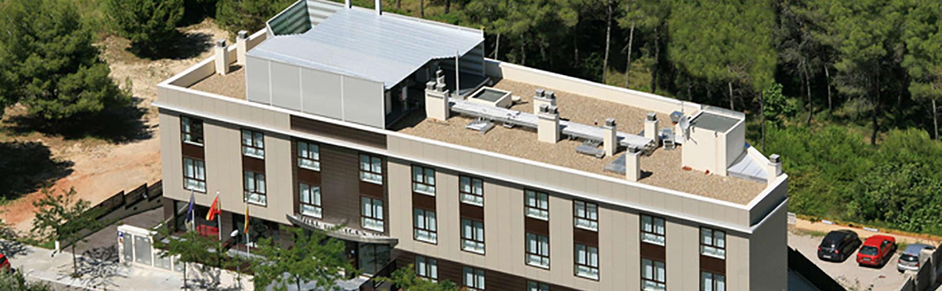 Hotel Desitges - Edit_view.jpg