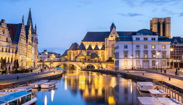 Ontdek het prachtige Gent en geniet van een heerlijk driegangenkeuze diner