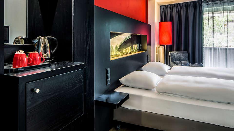 Designhotel Maastricht - Edit_Room2.jpg