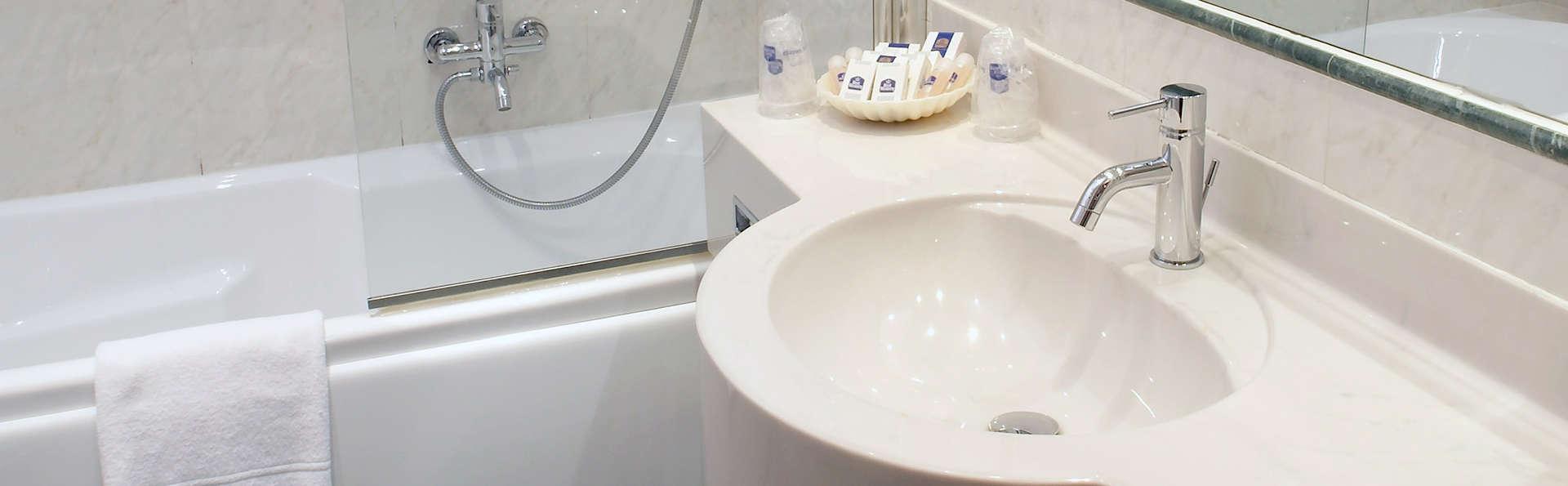 Best Western Hotel Tre Torri - Edit_bathroom.jpg