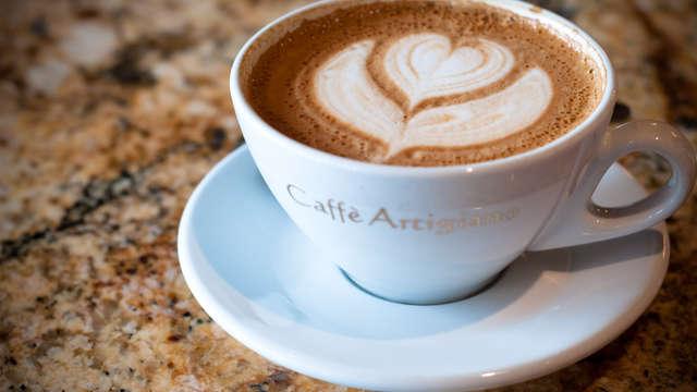 Café-thé avec mignardises pour 2 adultes