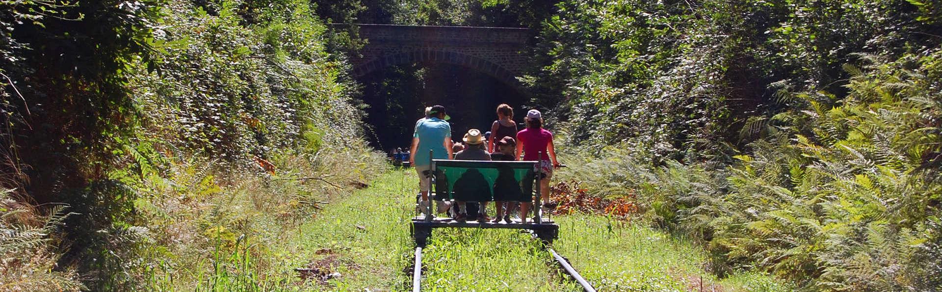 Ontdek de natuur bij Dinant op een rail-bike