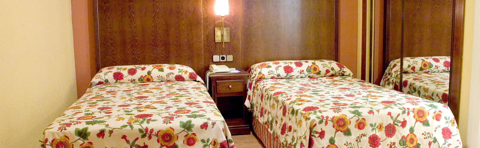 Gran Hotel Spa - Edit_Room.jpg