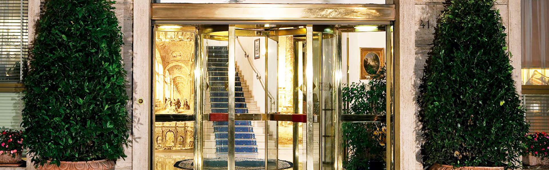 Hotel Victoria Roma - EDIT_entry.jpg