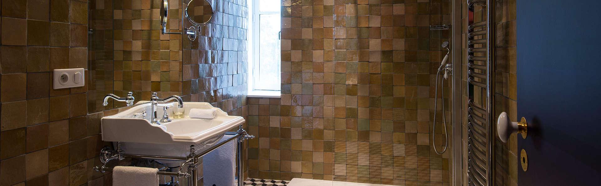 Hôtel & Spa Jules César Arles - MGallery - EDIT_bath.jpg