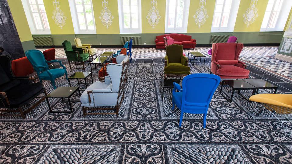 Hôtel & Spa Jules César Arles - MGallery - EDIT_lobby.jpg