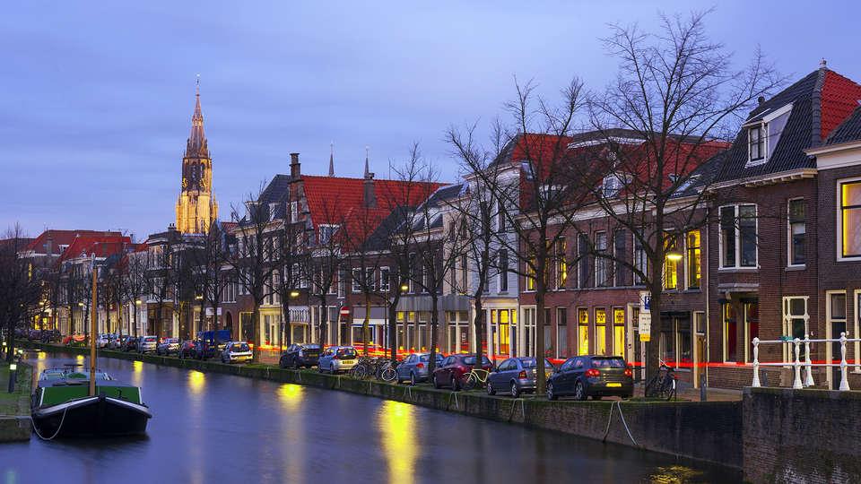 Casa Julia - Edit_Delft.jpg