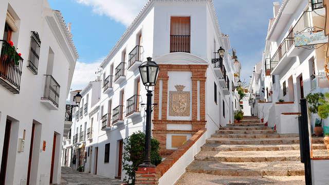 ¡Escapada a Frigiliana! uno de los 10 pueblos más bonitos de España y con jacuzzi privado