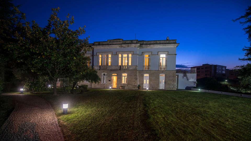 Villa Garden Braga  - Edit_Front.jpg