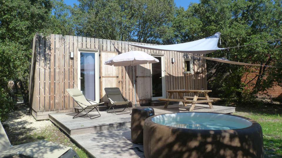 Lodges en Provence - edit_front9.jpg