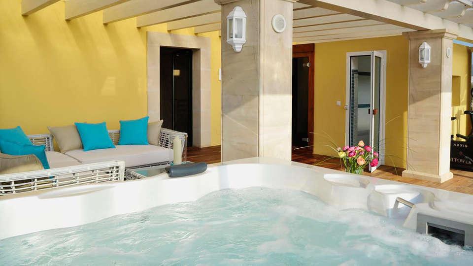 Aparthotel Galeon Suites - EDIT_relax.jpg