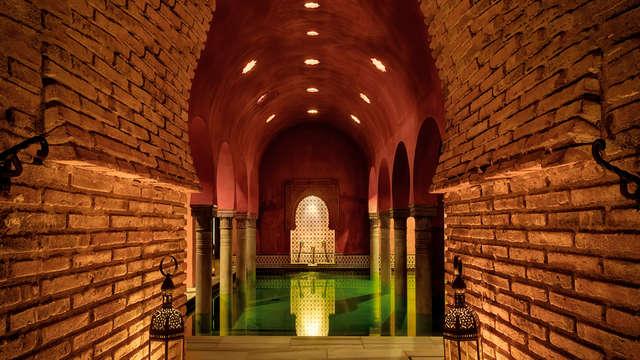 Relax para los cinco sentidos: disfruta del hammam árabe y descansa en un hotel 4* en Granada