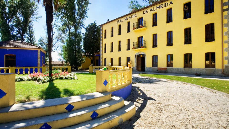 Hotel Balneario Almeida La Dama Verde - EDIT_front.jpg