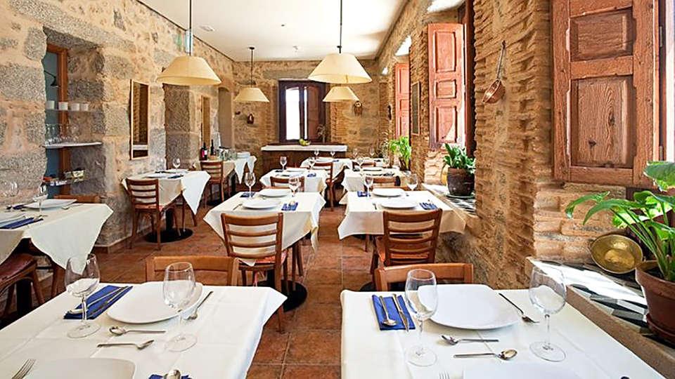 Hotel Balneario Almeida La Dama Verde - EDIT_restaurant.jpg