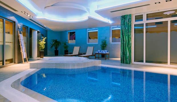 Residhome Paris-Massy - pool