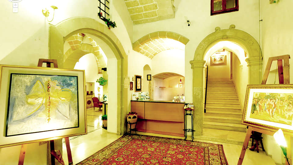 Hotel Residence Palazzo Baldi - Edit_Reception.jpg