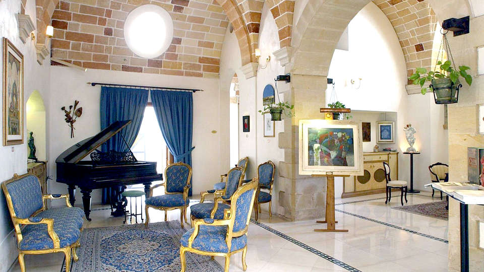Hotel Residence Palazzo Baldi - Edit_Hall.jpg