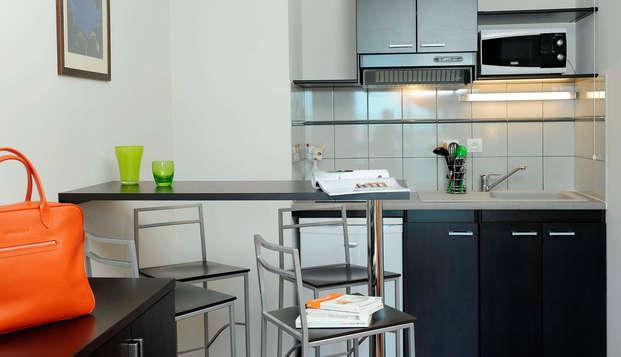 Zenitude Le Parc de l Escale - kitchen