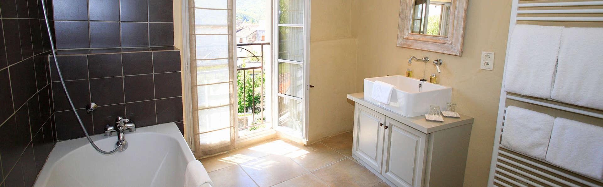 Le Couvent d'Hérépian - EDIT_bath.jpg