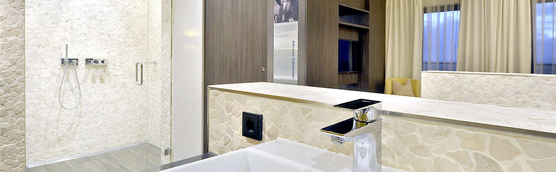 Van der Valk Hotel Hoorn - Edit_Bathroom.jpg
