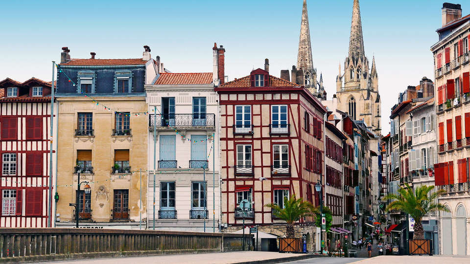 Hôtel le Bayonne - EDIT_destination2.jpg