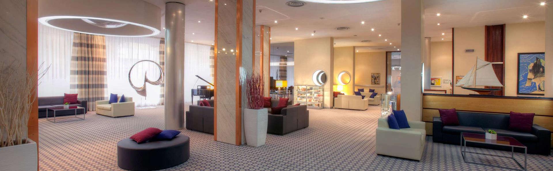 Hotel President Lecce - Edit_Hall.jpg